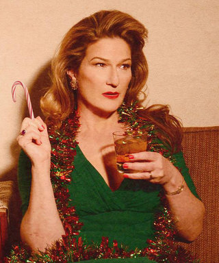 """Ana Gasteyer's New Holiday Album Includes a """"Ridiculous"""" Duet with Her FormerSNLCo-StarMaya Rudolph"""