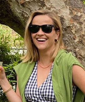 Reese Witherspoon Just Put a Vintage Spin on Spring's Most Popular Essential