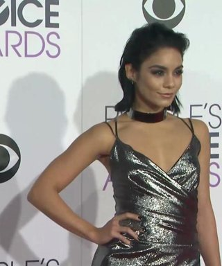 See Your Favorite Stars on the People's Choice Awards Red Carpet