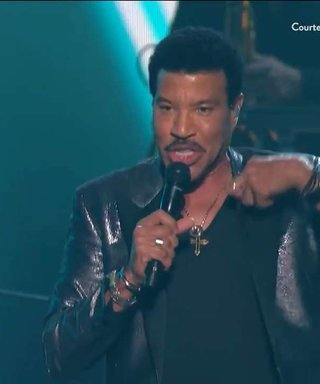 See Lionel Richie Performing At The Grammys