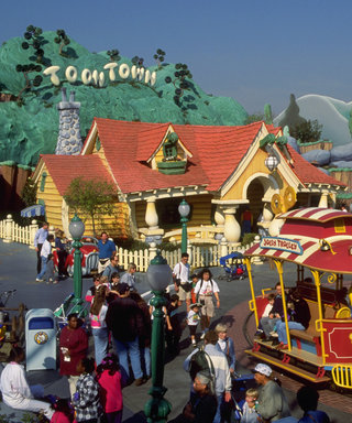 A Disneyland Power Outage Brought Dozens of Rides to a Sudden Halt