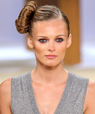 Runway Look of the Day