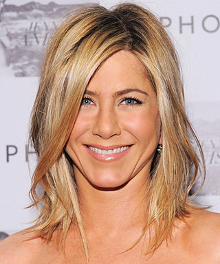 Jennifer Aniston Doesn't Wear Mascara