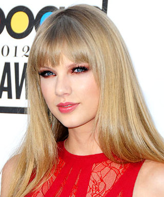 Look We Love: Taylor Swift's Cranberry Red Eye Shadow