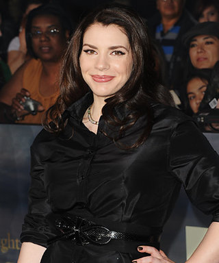Time for a Twilight Fix! Author Stephenie Meyer Turns 39 Today