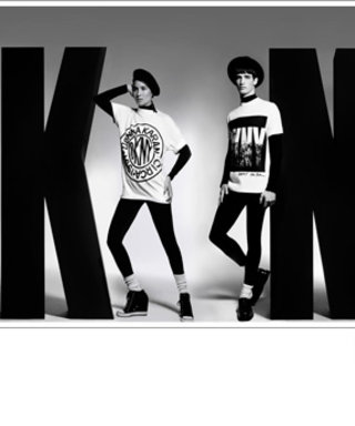 DKNY's 90s Styles Are Coming Back!