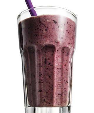 Busy Day? Try This Super-Satisfying Smoothie for an On-the-Go Lunch