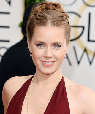 Amy Adams Gives a Soldier Her First Class Seat and Wins Over Hearts Everywhere