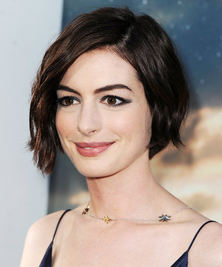 Get Anne Hathaway's Fresh Take on '90s Bed Head
