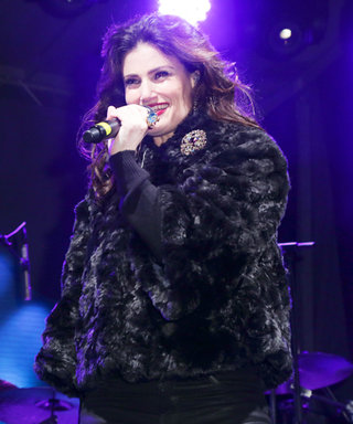 """Idina Menzel Sings """"Let It Go"""" as the Bloomingdale's Holiday Windows Are Revealed"""