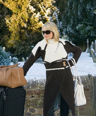 How to Pack for Your Holiday Vacay with Fewer Than 20 Pieces (Including Accessories and Luggage!)