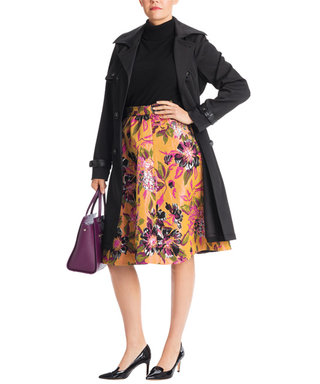 Great Style Has No Size: Flattering Floral Prints for Winter