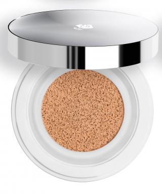 Why We're Making Lancôme's Portable New Cushion Compact Our Constant Companion