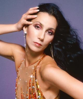 #FlashbackFriday Makeup Inspiration: How to Take Cher's 1970s Beauty Look Into 2015
