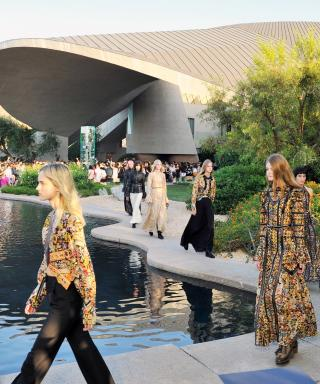 Louis Vuitton Heads to the Desert For Its Star-Studded Resort 2016 Show