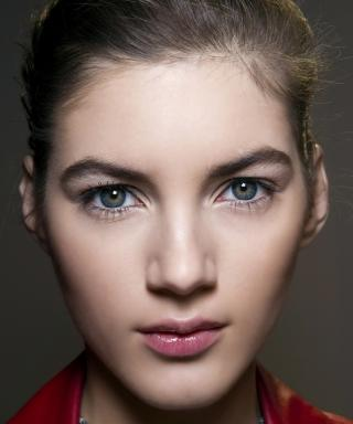 How to Choose the Right Shade of Eyebrow Pencil