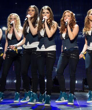 Watch the Completely Hilarious Pitch Perfect 2 Gag Reel