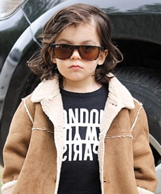 One Direction's Harry Styles Has a 2-Year-Old Style Twin