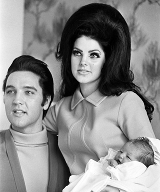 At 70, Priscilla Presley is Still an Ageless Beauty