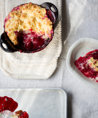 Make Top Chef Judge Hugh Acheson's Yummy Raspberry Cobbler Dessert