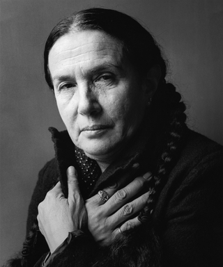 Remembering the Compelling Work of Celebrated Photographer Mary Ellen Mark