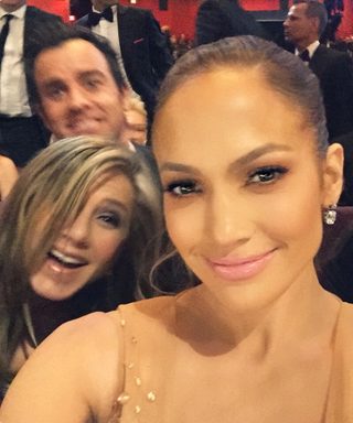 """The Dictionary Officially Adds """"Photobomb,"""" """"Emoji,"""" """"WTF,"""" and More Trendy Tech Words"""