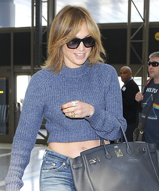 Airport Inspo: Jennifer Lopez Demonstrates How to Jet-Set with Style