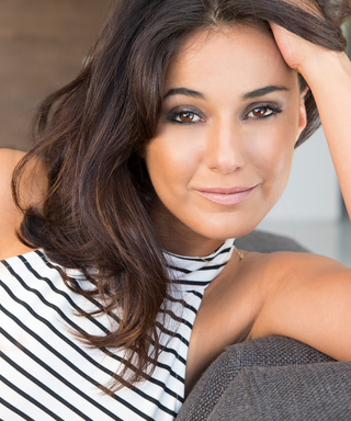 Emmanuelle Chriqui on Entourage'sEnduring Appeal, Wearing a Fake Belly,and Filming at the Golden Globes