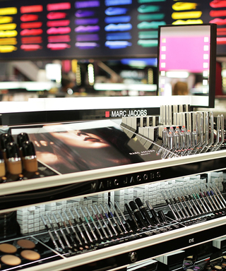 Beauty Store Etiquette: The Correct (And Sanitary!) Way to Try Out Products While Shopping