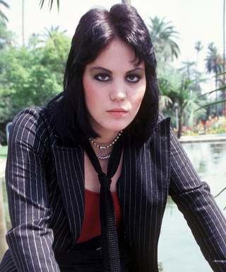 4 Reasons Why Joan Jett's '70s Edge Has Us Inspired Right Now