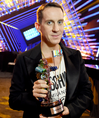 """VMAs 2015 Exclusive: Jeremy Scott Designed This Year's Red Carpet and It's Going to Feel Like a """"Nightclub"""""""
