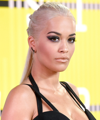 Recreate the Dramatic Cat Eye Trend from the 2015 VMAs