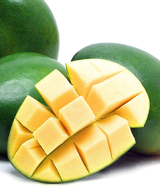 WATCH: How to Cut a Mango Into Perfect Cubes