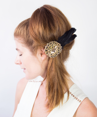 Follow These 3 Easy GIFs to DIY Fall's Hair Fan Trend