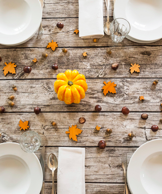 3 Easy Fall Tablescapes You Can Pull Off at the Last Minute