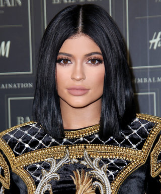 Kylie Jenner Looks Beyond Gorgeous in New No-Makeup Selfie