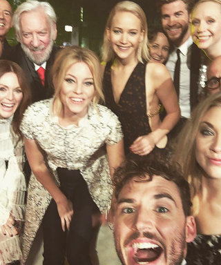 Jennifer Lawrence, Liam Hemsworth Squeeze into Giant Cast Selfie at the Hunger Games Premiere in London