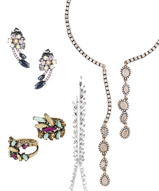 18 Affordable Pieces of Festive Holiday Jewelry That Are Merry and Bright