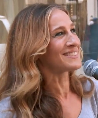 Watch Sarah Jessica Parker Hilariously Distinguish Dating Apps from Santa's Reindeer