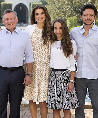Queen Rania of Jordan is Beyond Gorgeous in New Family Holiday Card