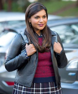 Mindy Kaling Goes Back to College Elle Woods Style on This Week's The Mindy Project