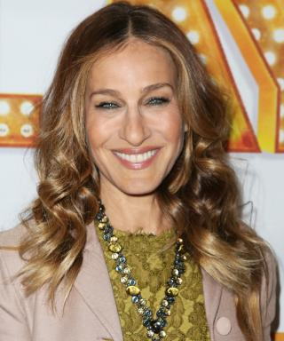 """You'll Get """"Carried"""" Away by the Sarah Jessica Parker–Designed Fendi Bag"""