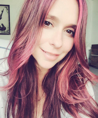 "It's Jennifer Love Hewitt's Birthday! Check Out the Best Selfies from the Self-Proclaimed ""Twitter Whisperer"""