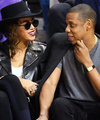 Beyoncé and Jay Z Are Crazy in Love on Date Night at the Clippers Game