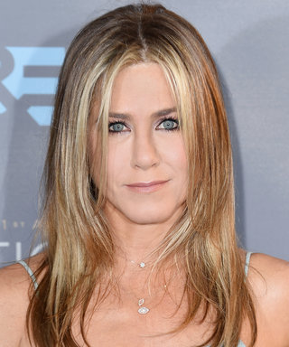 Want to Look as Happy as Jennifer Aniston Does? You'll Need Water, Lotion, and Laughter