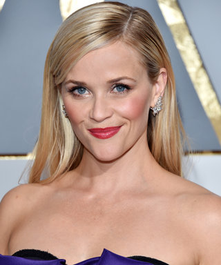 Get a Behind-the-Scenes Look at Reese Witherspoon's Oscars Makeup Look
