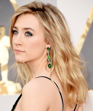 How to Get Saoirse Ronan's Sultry Textured Waves from the Oscars Red Carpet