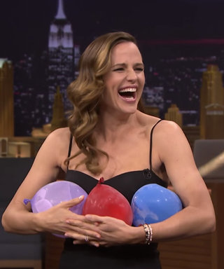 Watch Jennifer Garner Paint Jimmy Fallon's Face in a Wild Game of Truth or Door