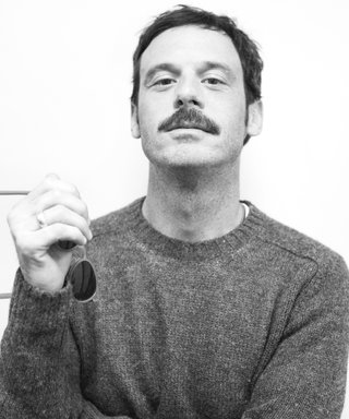"Scoot McNairy: Batman v Superman Co-Star Ben Affleck ""Knocks It Out of the Park"""