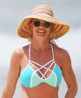 Britney Spears Flaunts Killer Bikini Body While Playing with Her Kids in Hawaii